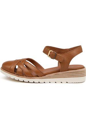 Diana Ferrari Barna Df Dk Tan Shoes Womens Shoes Casual Heeled Shoes