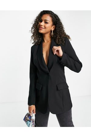 In The Style X Lorna Luxe contrast lapel fitted longline blazer dress in co-ord