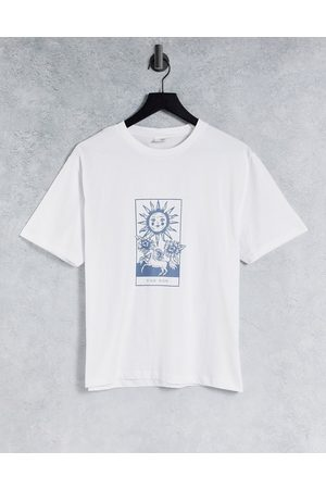 Chelsea Peers Lounge t-shirt with sunshine print in white