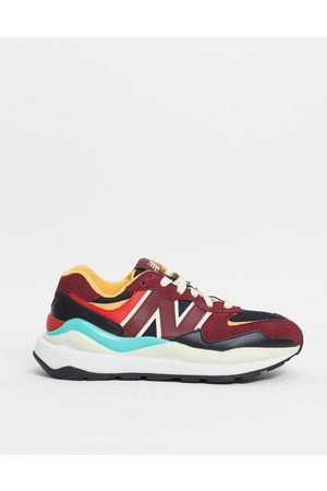 New Balance 57/40 sneakers in -Red