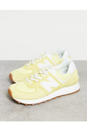 New Balance 574 sneakers in