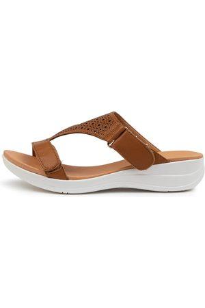 SUPERSOFT Women Flat Shoes - Mositly Su Dk Tan Sole Sandals Womens Shoes Comfort Sandals Flat Sandals