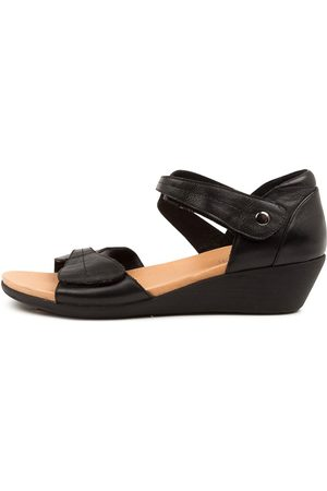 SUPERSOFT Jellsie Su Sandals Womens Shoes Casual Heeled Sandals