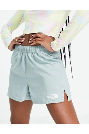 The North Face Movement shorts in