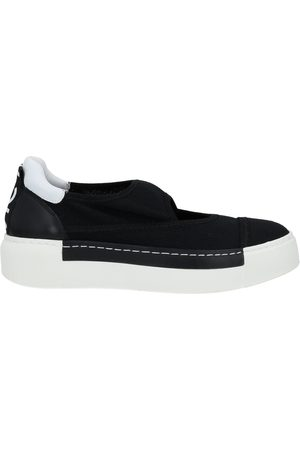 vic matiè Low-tops & sneakers