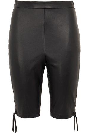 8 Women Bermudas - Shorts & Bermuda Shorts