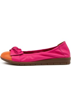 SUPERSOFT Women Casual Shoes - Froms Su Fuchsia Shoes Womens Shoes Casual Flat Shoes