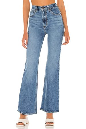 LEVI'S 70s High Rise Flare Jean in .
