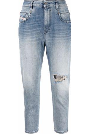 Diesel Women Jeans - D-Fayza ripped-knee cropped jeans
