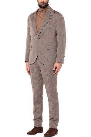Brunello Cucinelli Suits