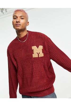 Mennace Oversized knitted jumper in with varsity badge-Red