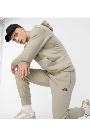 The North Face Men Joggers - Slim trackies in beige - Exclusive to ASOS-Brown
