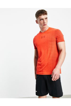 Under Armour Seamless back wordmark t-shirt in