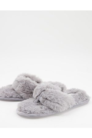 Accessorize Fluffy thong slippers in