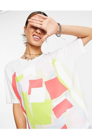 Lacoste Graphic print jersey T-shirt in white