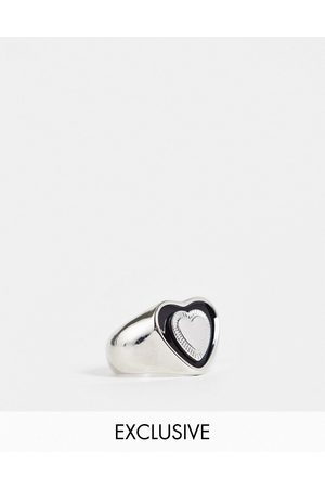 Reclaimed Inspired chunky heart ring in black and