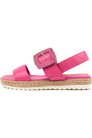 DJANGO & JULIETTE Silas Dj Fuchsia Fuchsia Sandals Womens Shoes Casual Sandals Flat Sandals