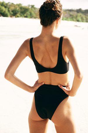 Body Highwaisted Cheeky Bikini Bottom