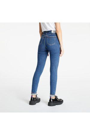 Calvin Klein Women Boyfriend - High Rise Skinny Denim Medium