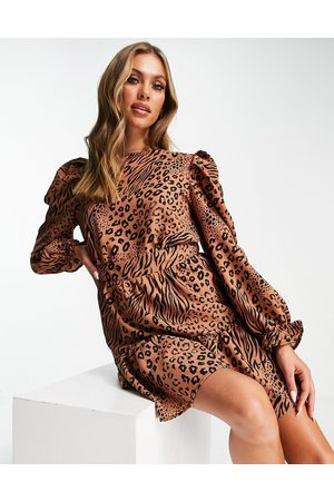 AX Paris Long-sleeved mini dress in mixed animal print-Neutral