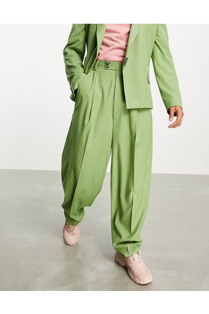ASOS DESIGN High waisted balloon suit pants in twill-Green