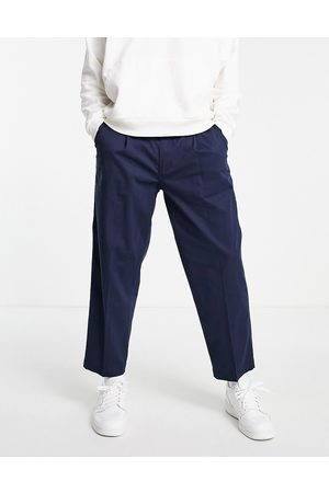 Levi's Loose cropped chinos in