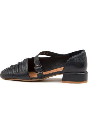 Django & Juliette Vela Dj Navy Shoes Womens Shoes Casual Heeled Shoes