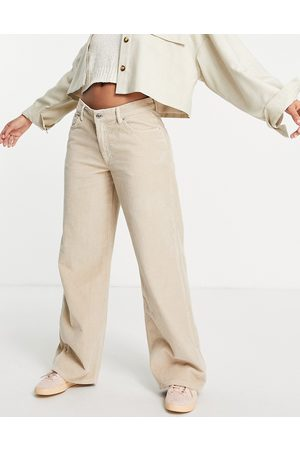 ASOS DESIGN Low rise 'relaxed' dad jeans in cord-White