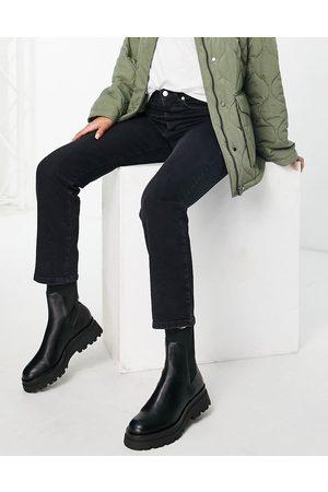 NA-KD Straight leg high waist jeans in