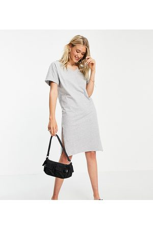 Pieces Midi t-shirt dress with v neck in grey marl
