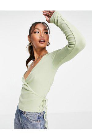 Envii Ally long sleeve v neck t-shirt in -White