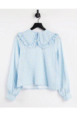 Twisted Wunder Women Shirts - Bib collar blouse in print-Multi