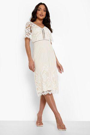 Boohoo Boutique All Over Lace Bodycon Midi Dress