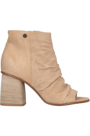 OXS Ankle boots