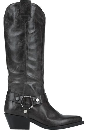 Janet&Janet Knee boots