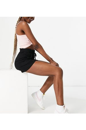 Pieces Shorts with paperbag waist in