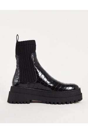 London Rebel Women Ankle Boots - Chunky chelsea calf boots in