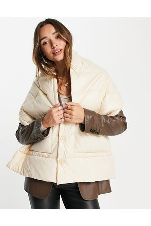 Urban Code Padded oversized scarf in -White