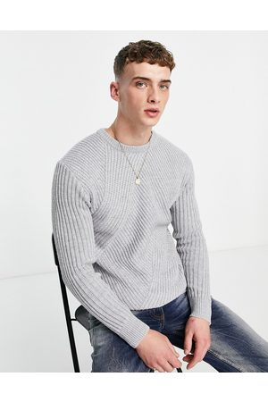 Mennace Slouch knitted jumper in with diagonal rib detail