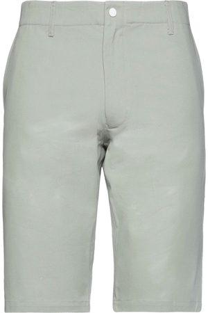Woolrich Men Bermudas - Shorts & Bermuda Shorts