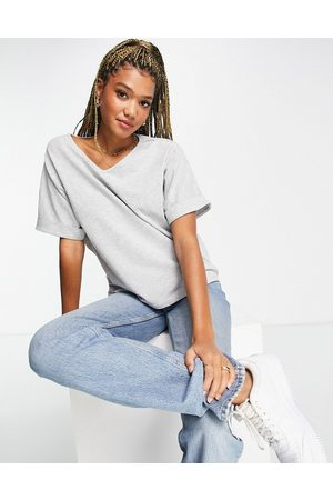 Pieces V neck t-shirt with folded sleeve in