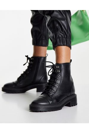 River Island Women Lace-up Boots - Lace-up classic leather military boot in