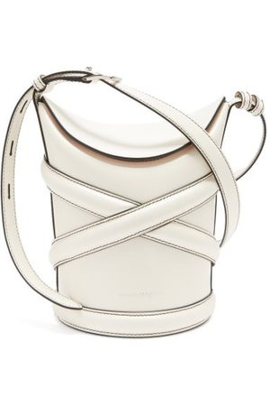 Alexander McQueen The Curve Leather Bucket Bag - Womens - Ivory