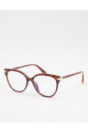 Jeepers Peepers Women's round clear lens glasses in tort
