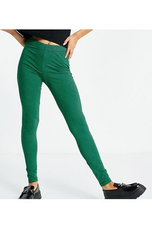 ONLY Exclusive leggings in houndstooth