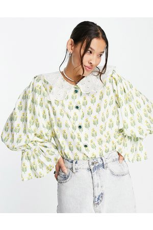 Sister Jane Blouse in floral with embroidered collar-Green
