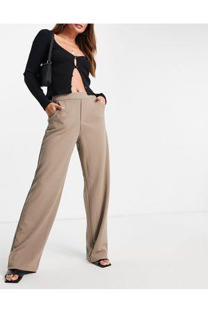 VILA Wide leg pants in -Neutral
