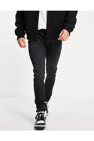 JACK & JONES Intelligence Pete carrot fit jeans in black