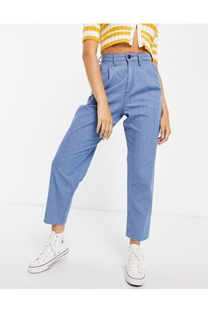 Lee Lee pleat detail high rise balloon leg jeans co-ord in light