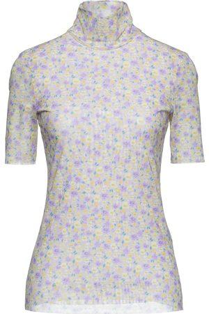 BAUM UND PFERDGARTEN T-shirts